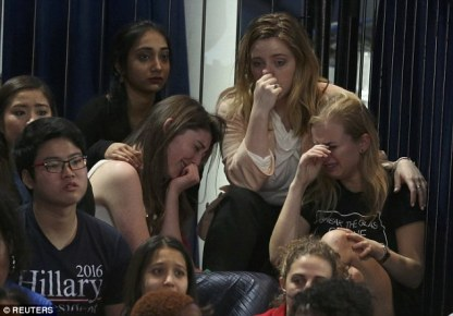 3a32024d00000578-3921786-a_group_of_hillary_clinton_supporters_at_her_election_night_rall-a-2_1478784683645